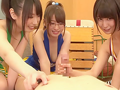 【グループセックス系動画】AV女優「湊莉久さん」・「有村千佳さん」・「葉月さきちゃん」の乱交の管理人一押し動画