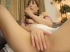 Horny Japanese chick Homami Takasaka in Amazing Cuckold, Blowjob/Fera JAV clip